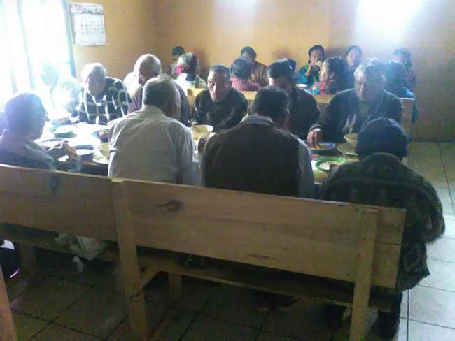 Local elderly in Santa Maria benefiting from the feeding program